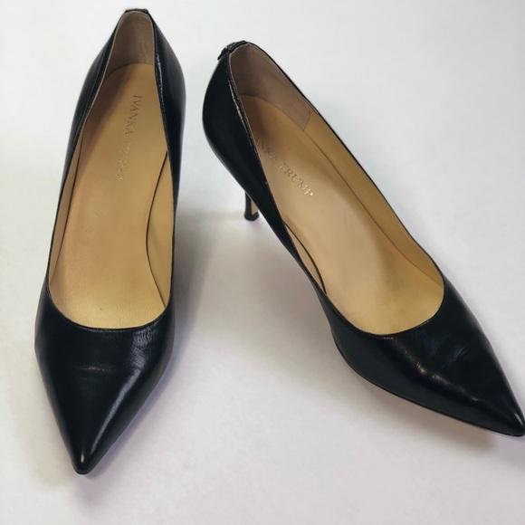 3d4d97ae1960 Ivanka Trump Shoes - EUC Ivanka Trump Boni Pointy Toe Pumps Black